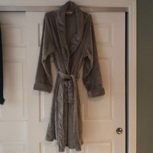 hot-selling fashion diverse styles another chance Ultra Plush Robe NWT